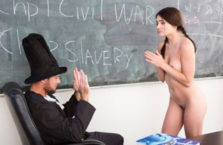 Adria Rae Gettysburg Undressing